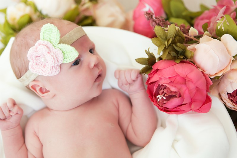 Newborn photoshoot flowers
